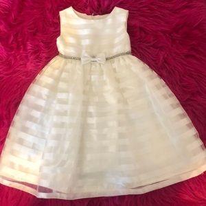 Girls white/ivory formal dress